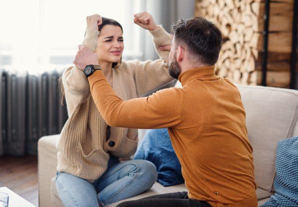 چرا رابطه همسران خوب نمی شود؟